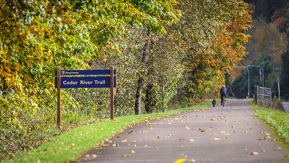 cedar_river_trail-sign