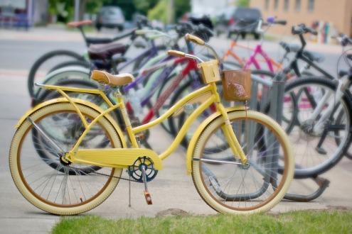 vintage-bikes-yellow
