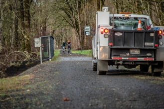 Dealing with windfall along Snoqualmie Valley Trail